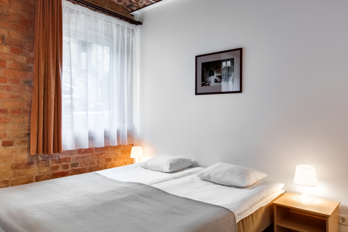 hotel janne offers you a very comfortable single room made in antique style with different decorative elements the price per month for the room is only